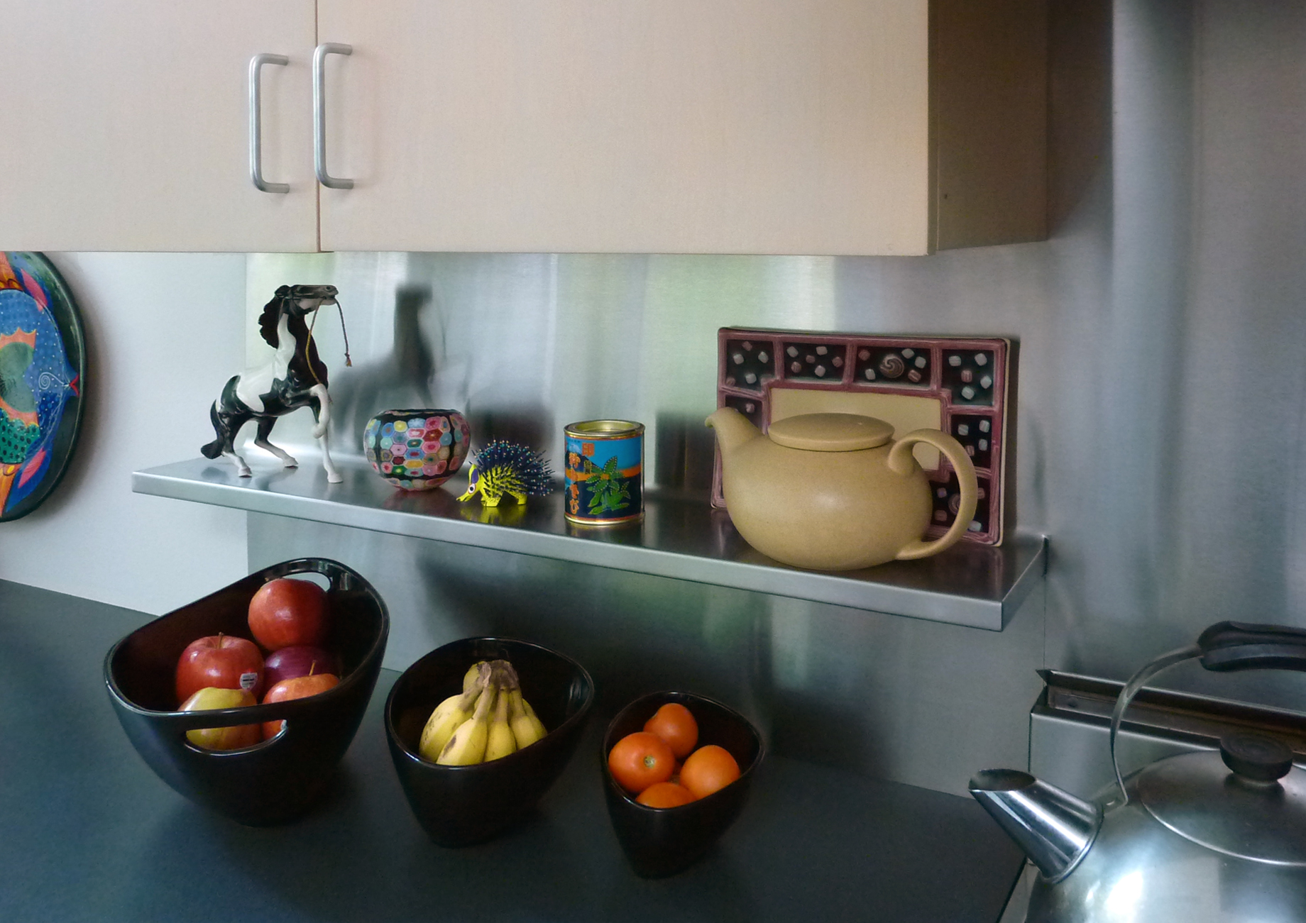 integrated shelf back splash 2h pencil. Black Bedroom Furniture Sets. Home Design Ideas